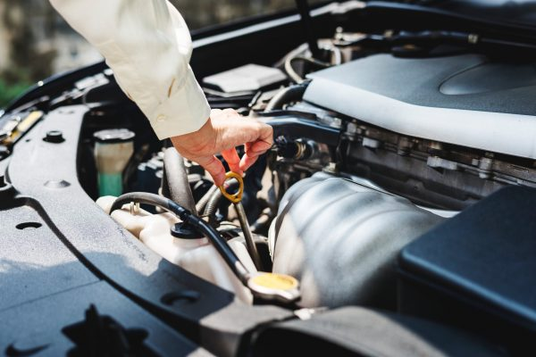How to maintain a car regularly